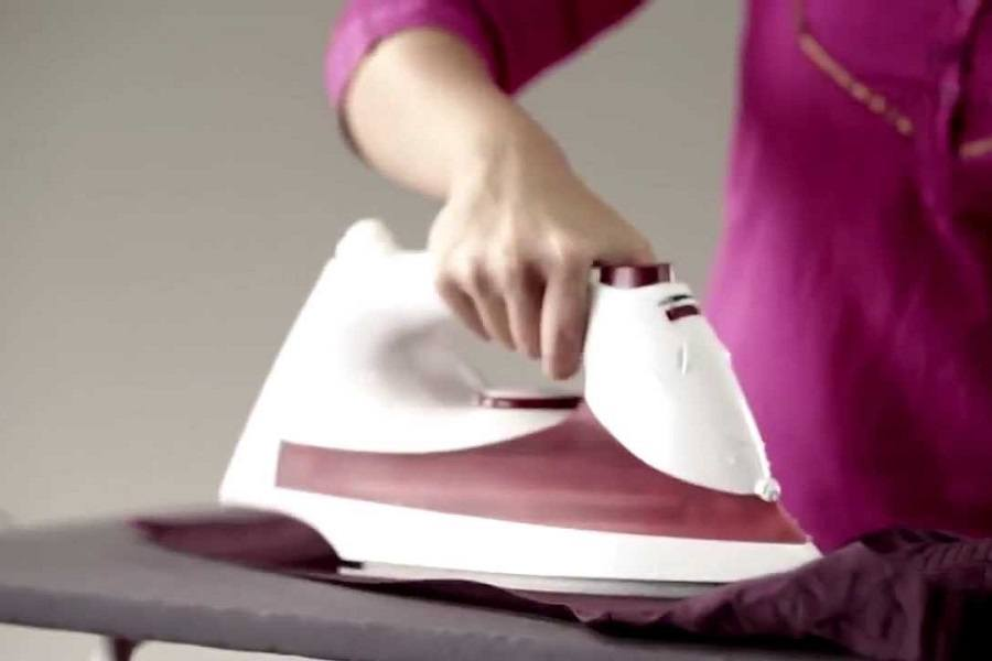 Tips And Tricks On How To Use A Steam Iron Like A Pro